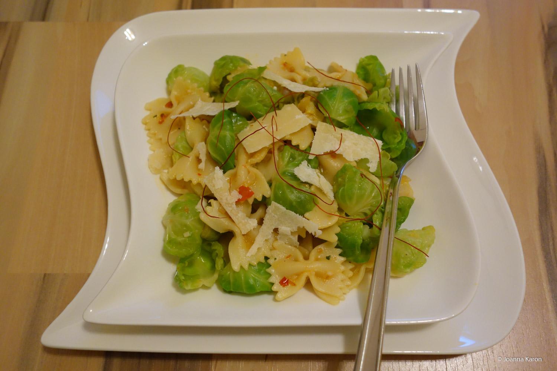 Scharfe Pasta mit Rosenkohl