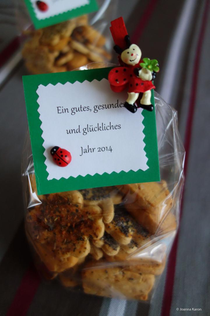 Pikante Glückskleeplätzchen, Erdnuss-Parmesan-Kekse