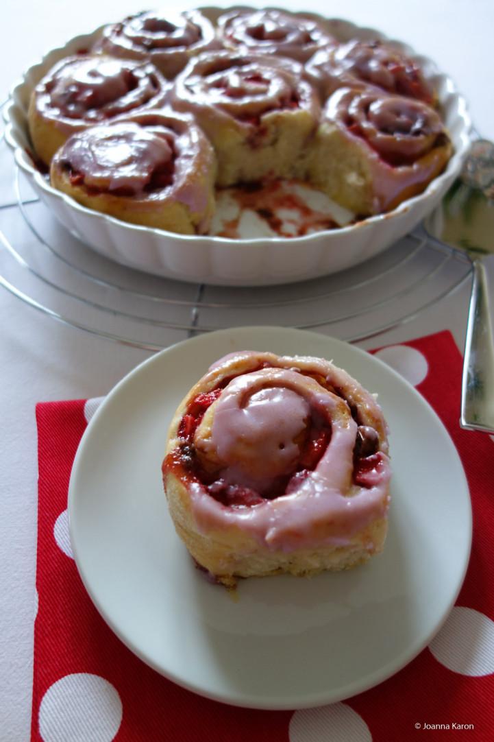 Erdbeer-Schoko-Bananen-Schnecken