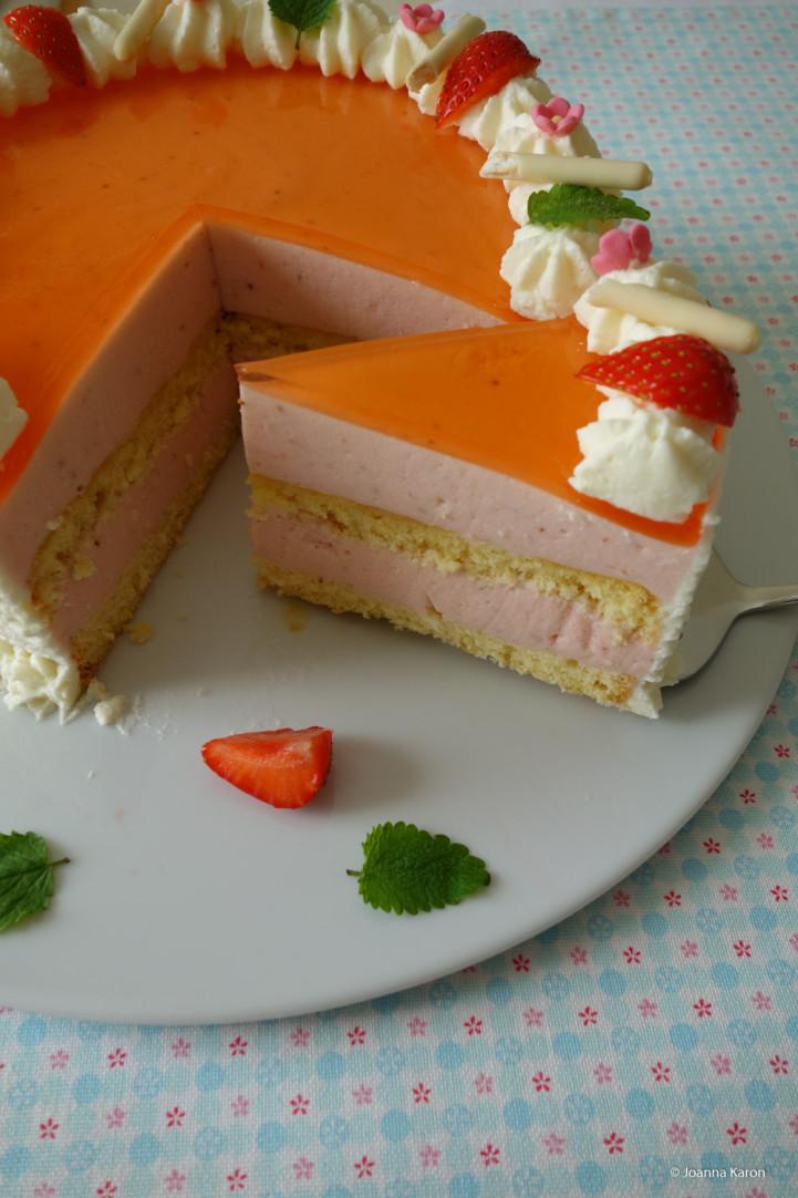 Erdbeer-Aperol-Spritz-Torte
