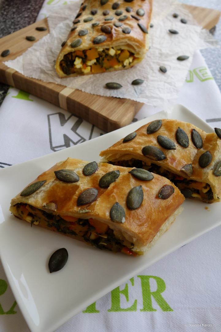 Kürbis-Spinat-Strudel mit Feta