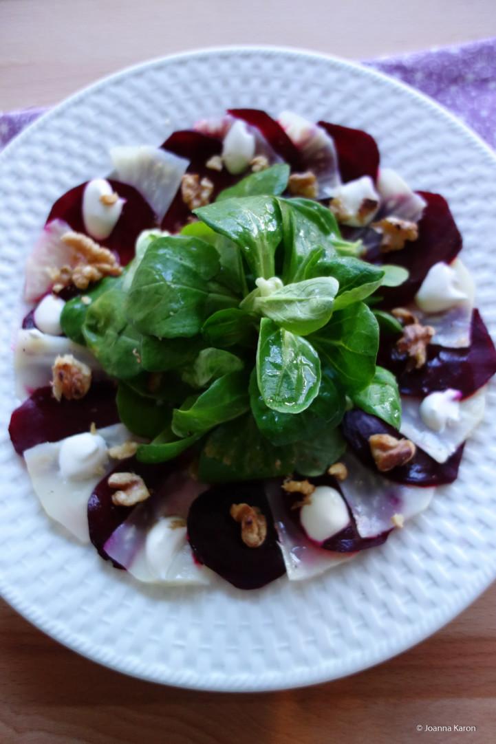 Selleriesalat mit Roter Bete und Feldsalat