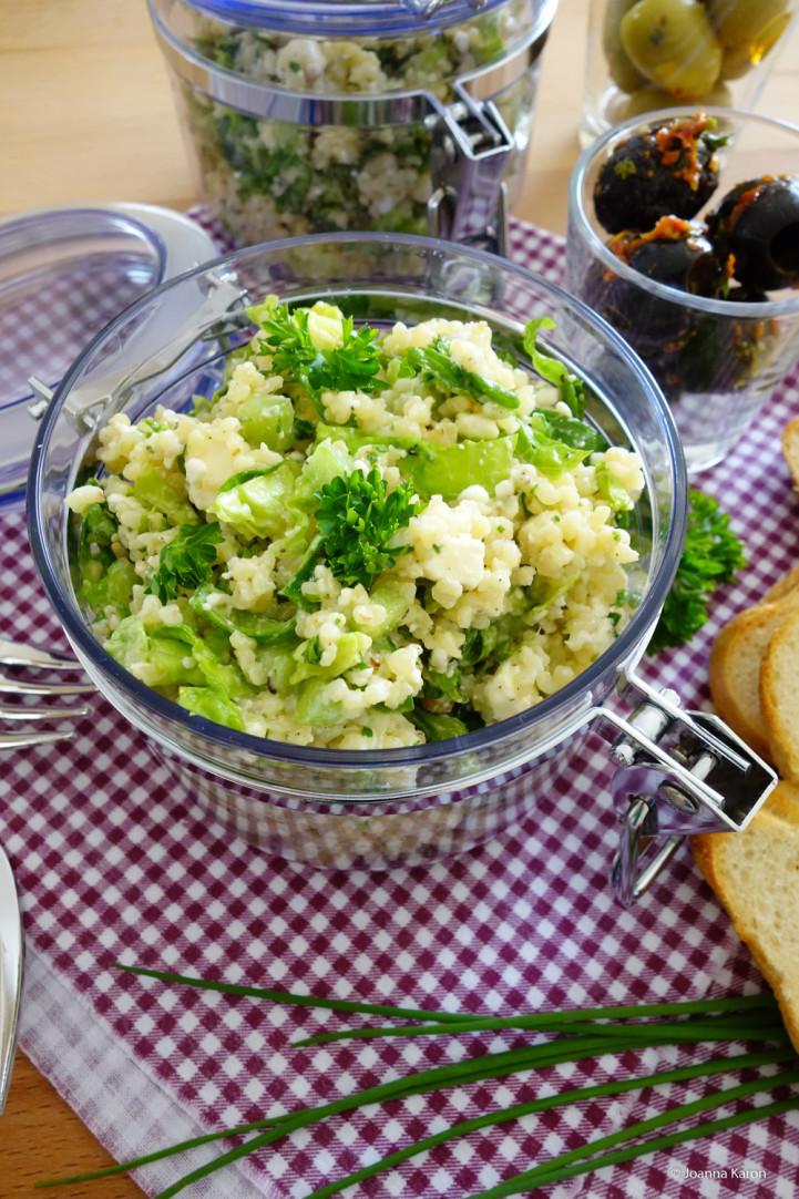 bulgur salat mit minze h ttenk se feta und pininekernen die k chenzuckerschnecke. Black Bedroom Furniture Sets. Home Design Ideas