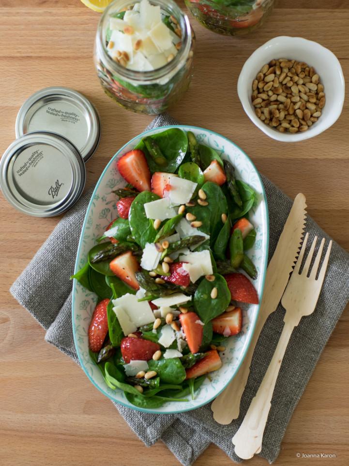 spargelsalat mit erdbeeren und parmesan im glas rezension die k chenzuckerschnecke. Black Bedroom Furniture Sets. Home Design Ideas